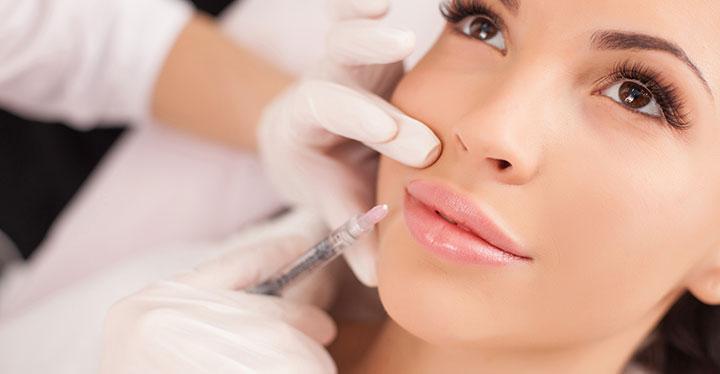 Le sinjections d'acide hyaluronique pour les lèvres au Centre Victoire Haussmann à Paris